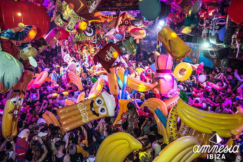 Elrow-Inflatables.jpg