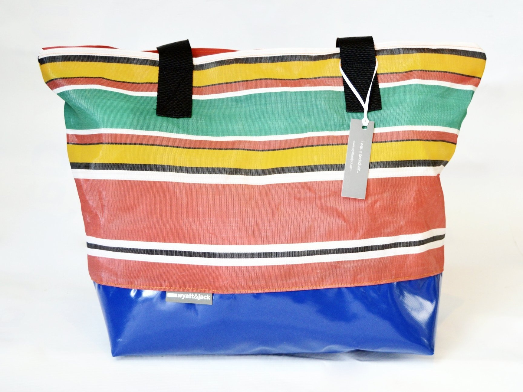 XL Deckchair Beach - Our deckchair totes have a naturally long line to them, cut to the original width of the chair fabric for less wasteYour order will contain a mix of stripes from beaches around the UK.Please specify the colour base you would like us to add to your bags, from the options belowDimensions: W 550mm x H 550-600mm