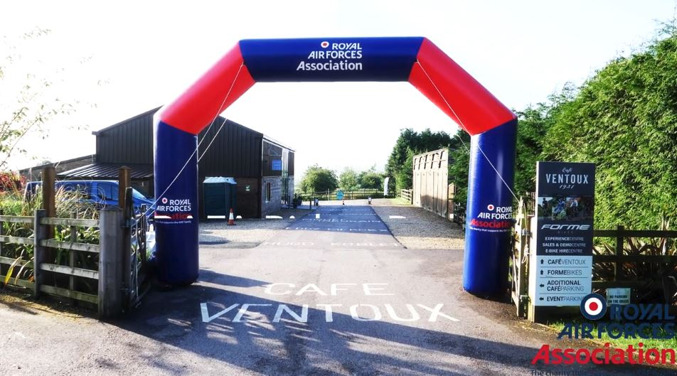 Inflatable-Arch-RAF