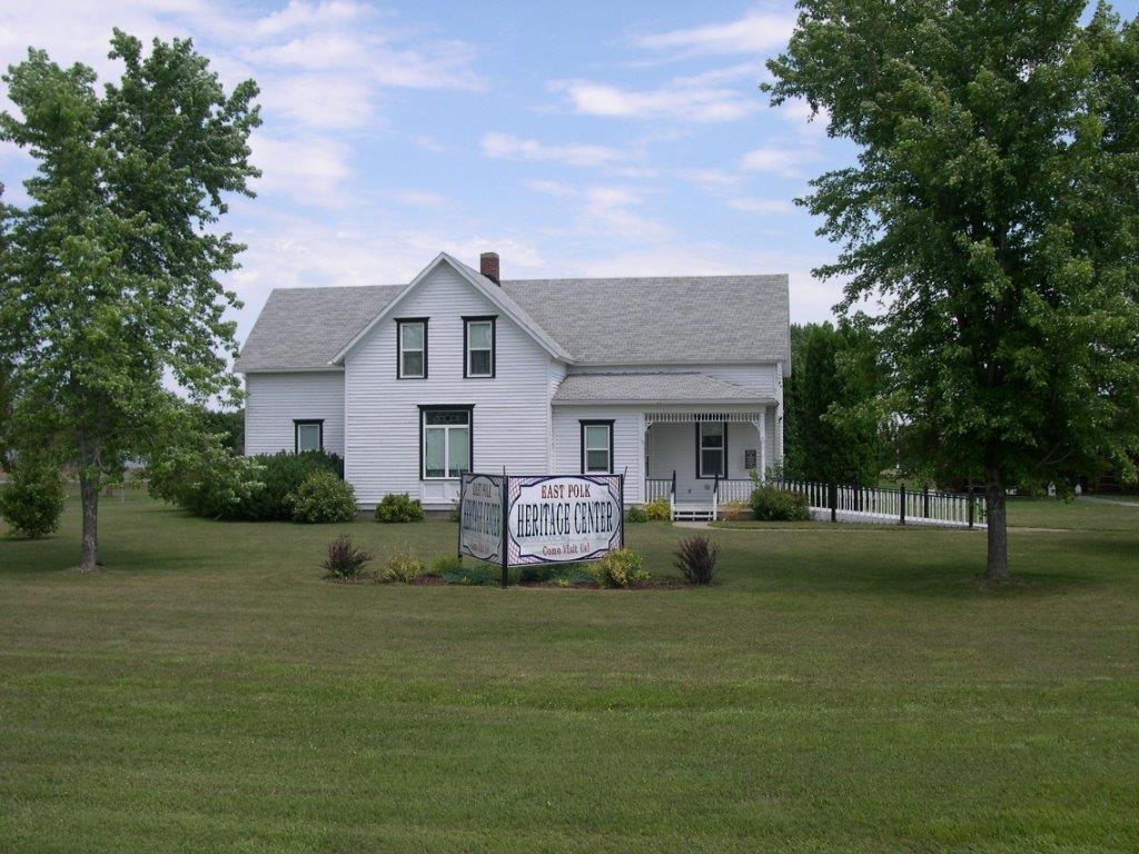 Larson House1.jpg