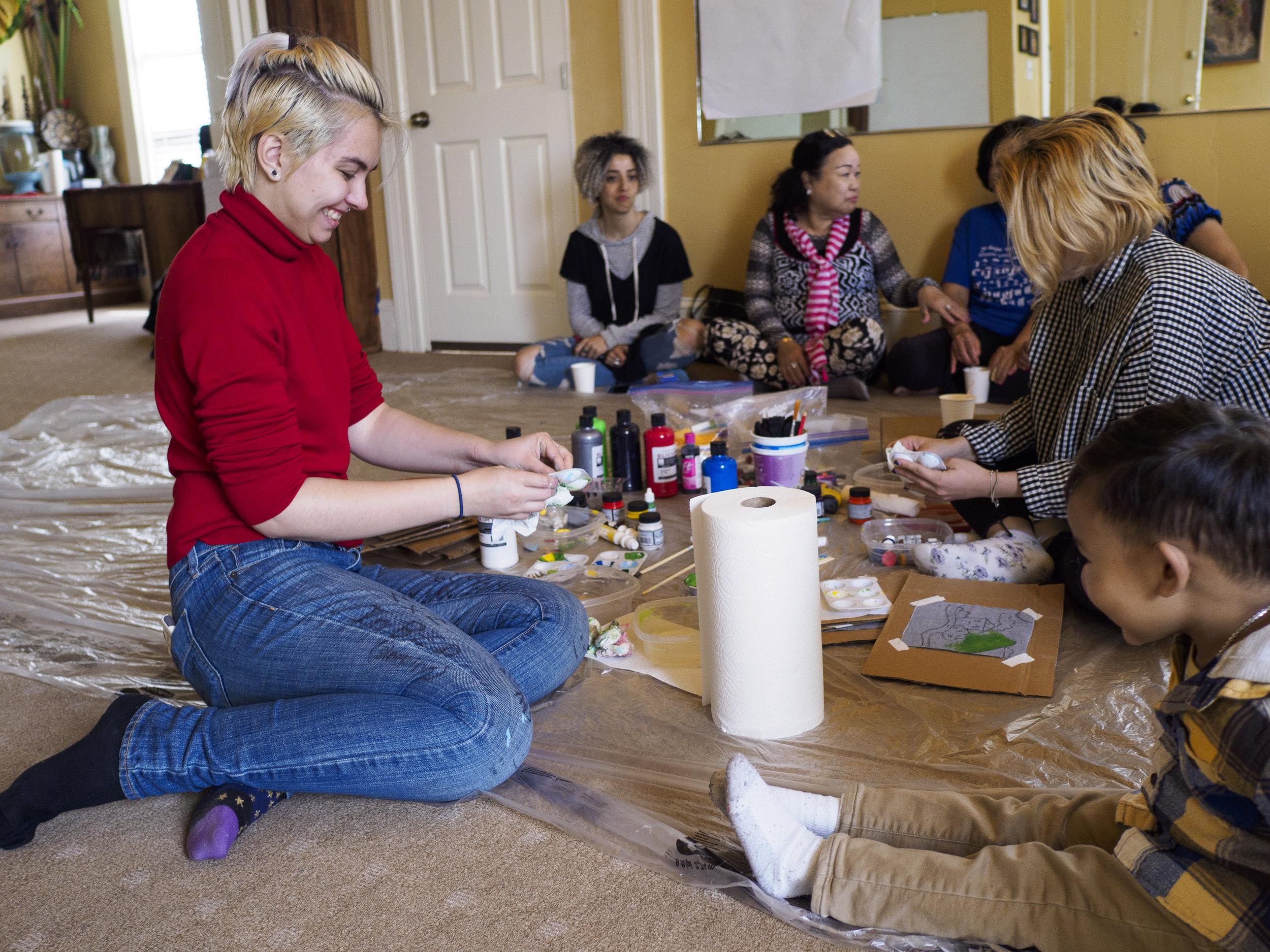 fabric-painting-artogether-women-1.jpg