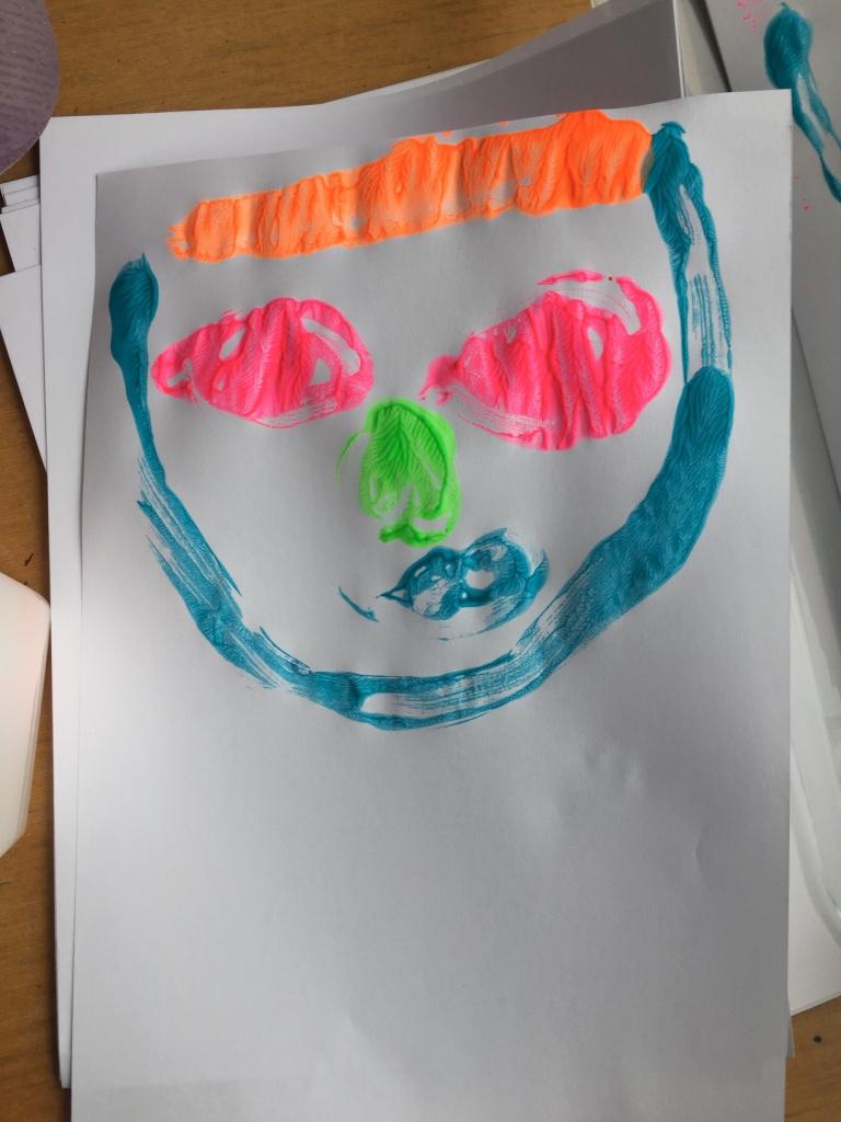 artogether-refugee-face-print-craft-3.jpg
