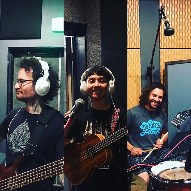 More photos from our recording session 😛 Reposted from @thekeeprecording ... Still radiating positive energy from a great 2 day tracking session with @twinflamemedicine who came in and dominated as they have been known to do. Always a blast working with these beautiful people and looking forward to the rest of the project . . . #thekeeprecording #monalicious #twinflamemedicine #willbeadrumgod #denverrecordingstudio #audioengineer #denvermusicscene #denver #bands #ukelele #coleselectroacoustics  @ The Keep