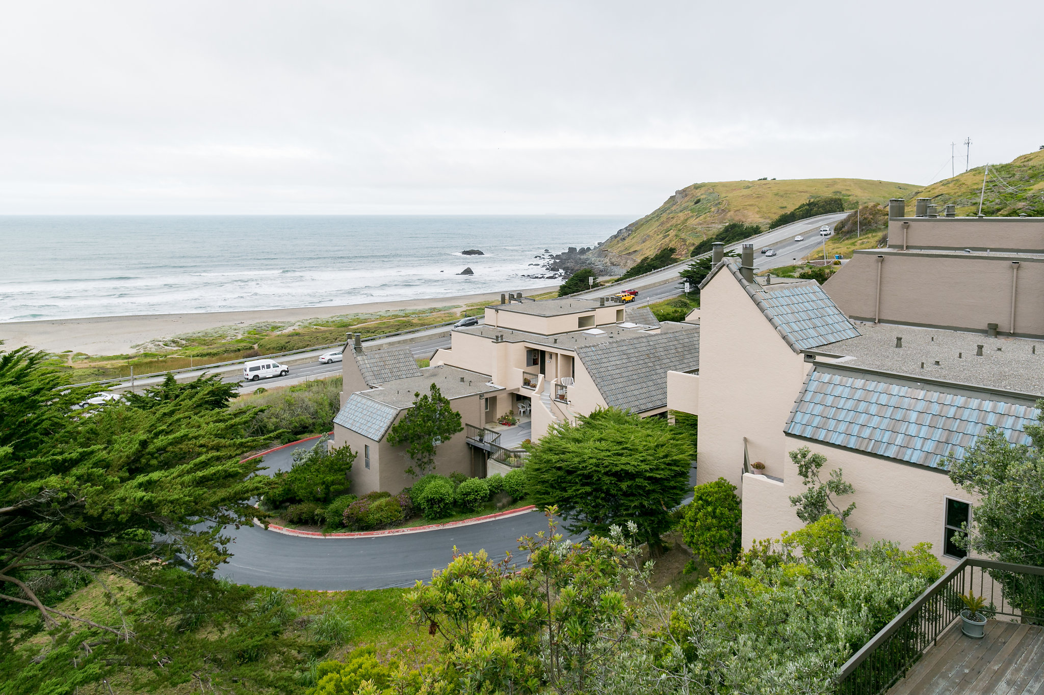 427 Roberts Rd | Pacifica