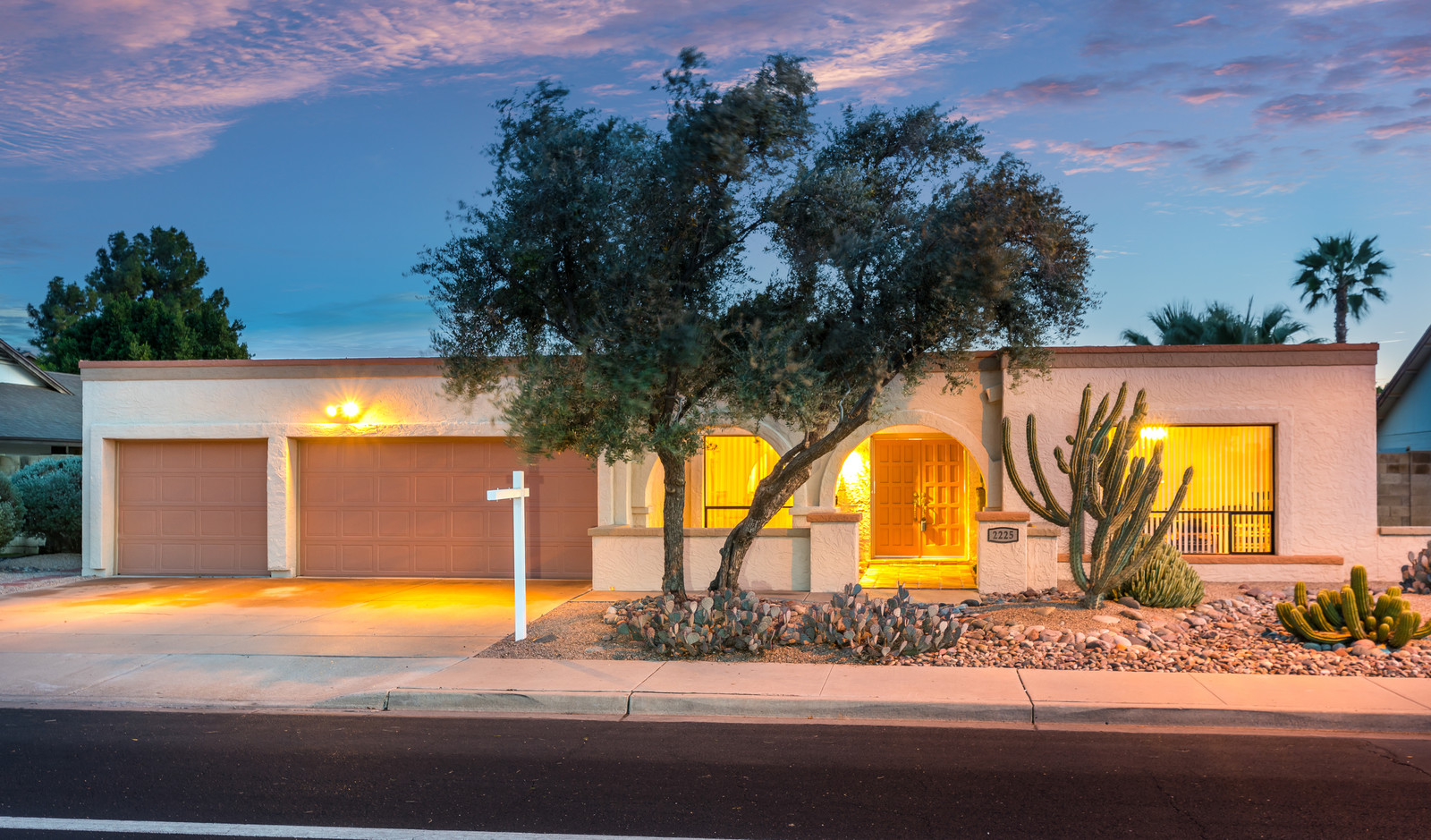 2225 W Keating AVE, Mesa, AZ 85202 | $350,000