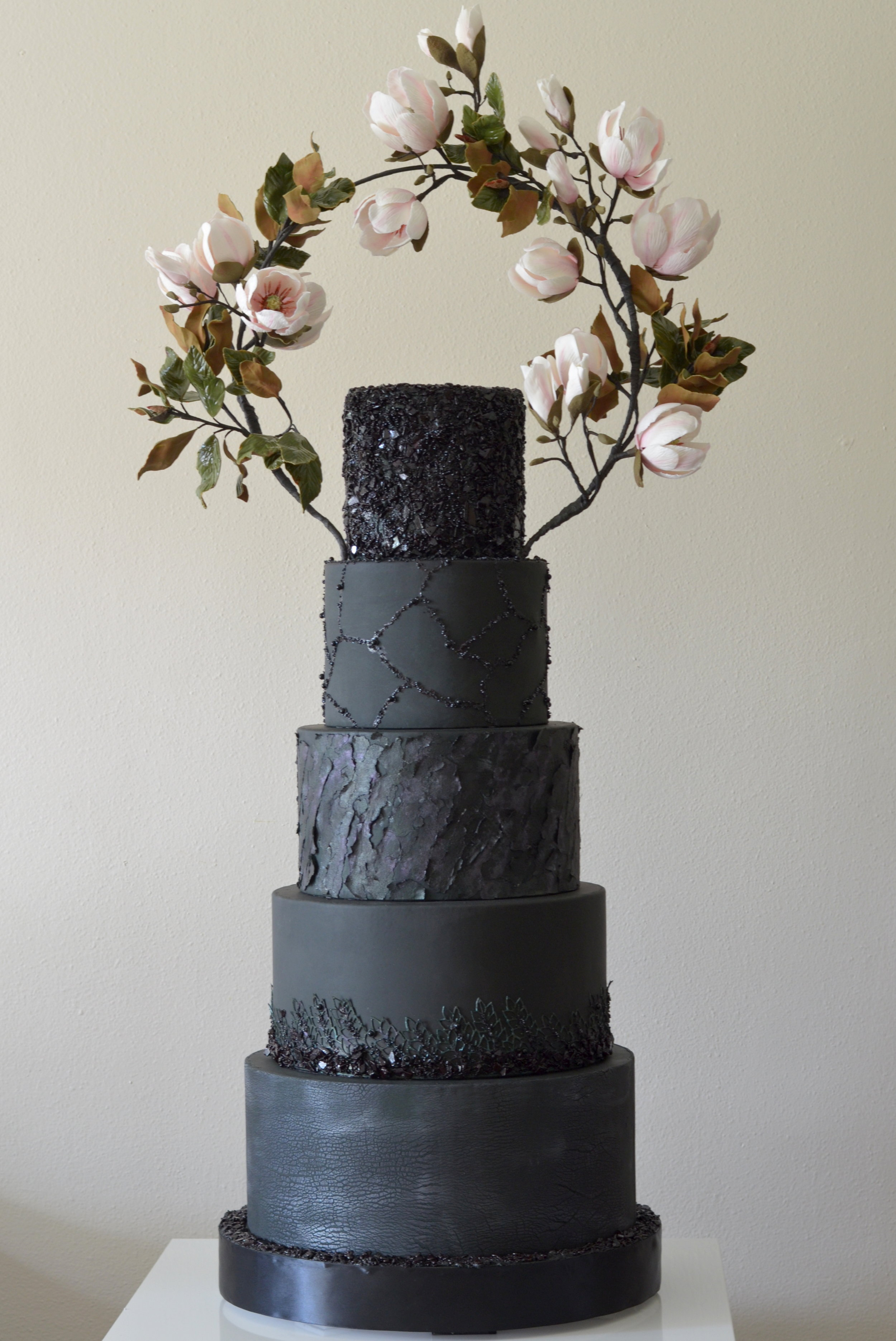 Anna Astashkina - Bloom Cakery - Wow, this cake is all kinds of black gorgeousness. We anticipate the