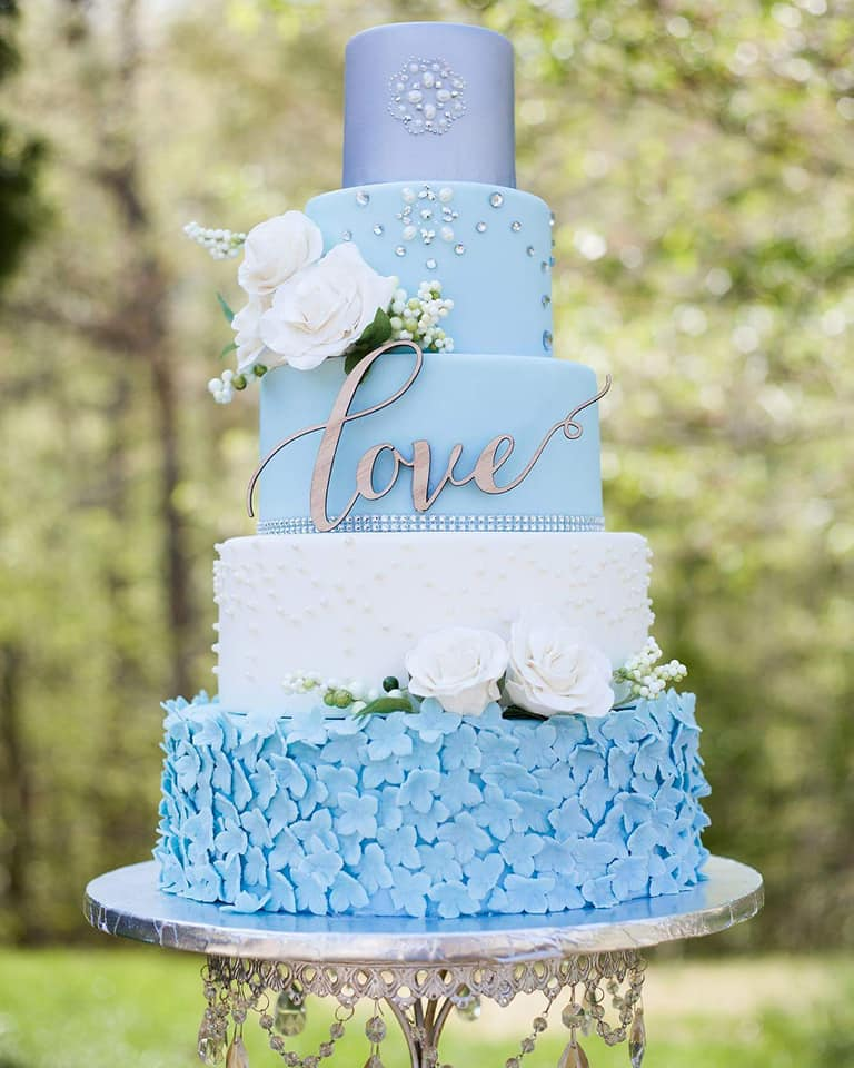 This cake would normally cost $$$$ - Savvy brides and grooms can rent this beauty at a fraction of the cost of the real thing.