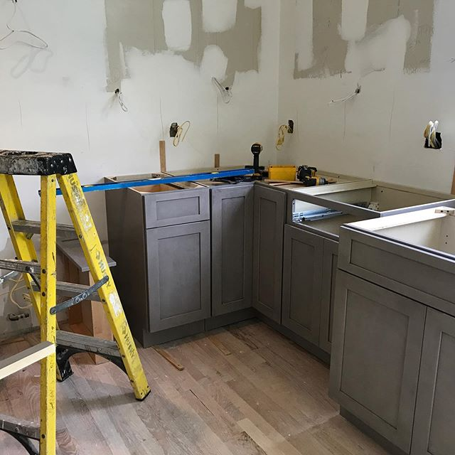 Is that the start of a kitchen? I believe it is! Can't wait for cabinets and countertops to be installed! . . . . 🏚🔜🏡 #kitchencabinets #hollyglenhouse #houseflipping #construction #working #hubestateliquidation #fixerupper #homesweethome #houses #hgtv #kitchendesign #bathroomdesign #housetohome #nj #interiordesign #midcenturymodern #midcentury #followforfollowback #likeforlikes