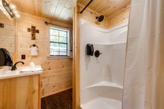 2-bedroom-cabin-15-Mobile.jpg