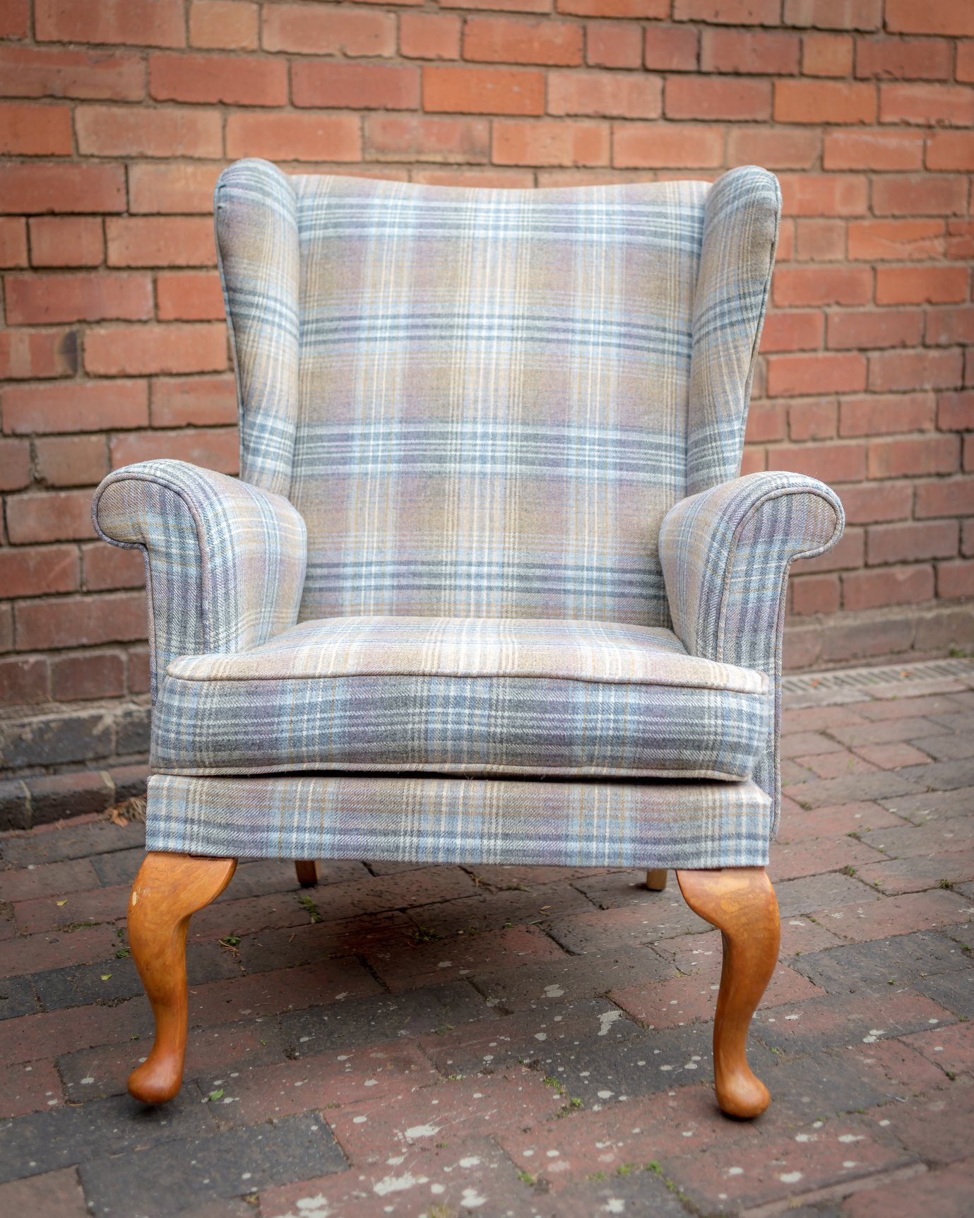Katie Harris - Catherine reupholstered our armchair recently and did a fantastic job. The attention to detail is superb and we are so pleased with the finished product - it's absolutely beautiful. Thanks Catherine!!!!