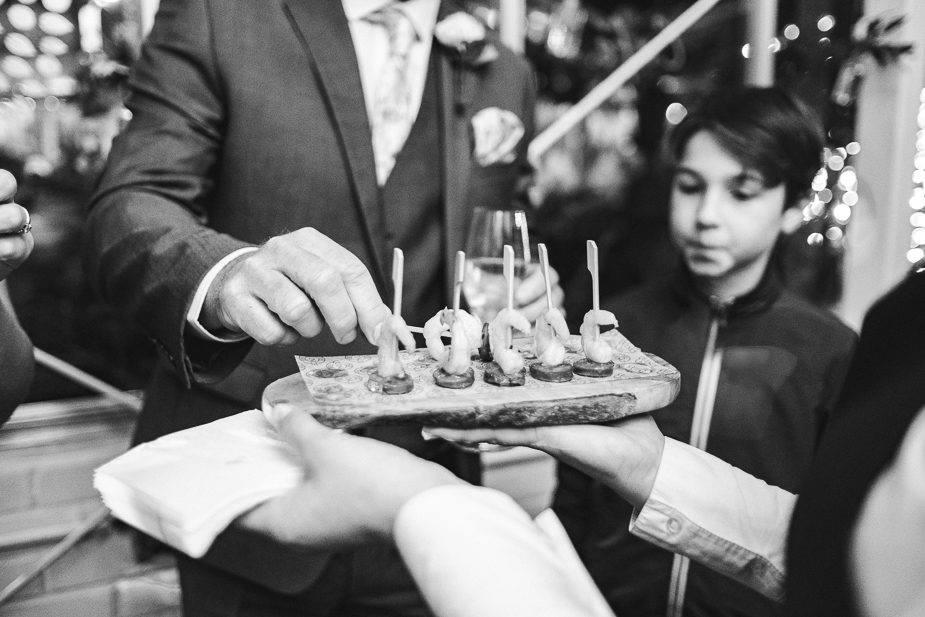 MAISONdeROSSI-blog-real-weddings-Emma-wedding-food-photo.jpg