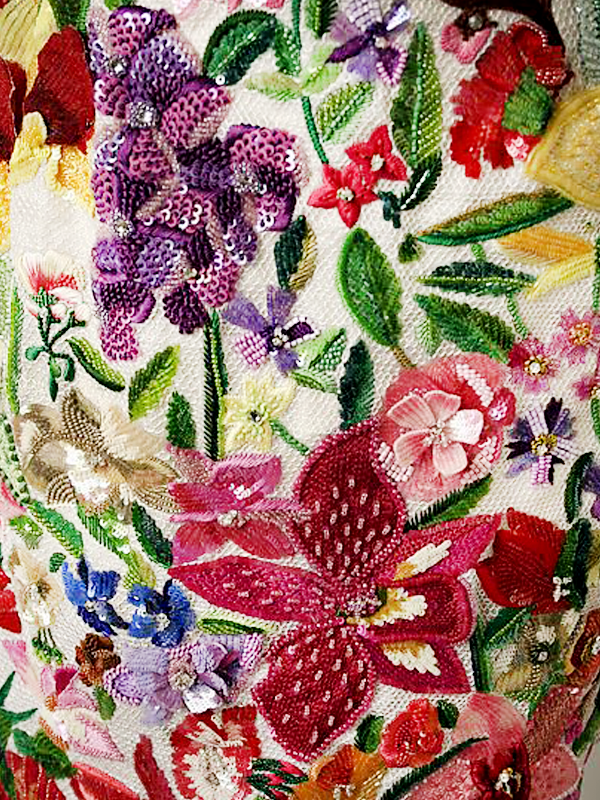 MAISONdeROSSI-be-inspired-blog-bouquets-of-pearls-and-thread-todd-oldham-embroidery.png