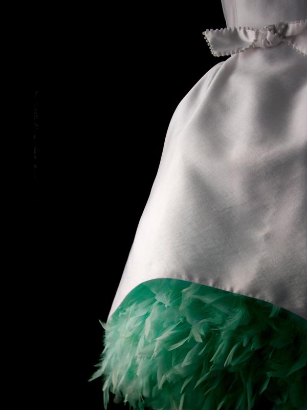 maison-de-rossi-tea-at-the-ritz-tea-dress-wedding-dress-feather-skirt-detail.png