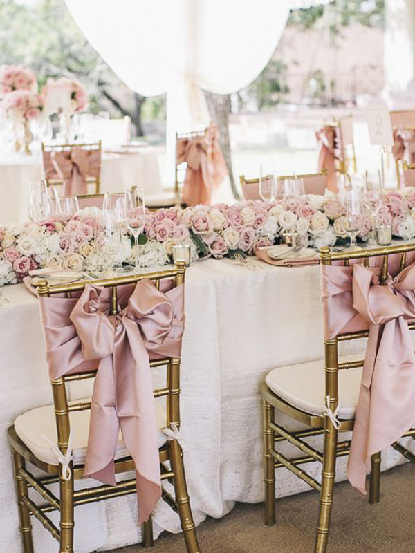 maison-de-rossi-blushing-bride-wedding-blog-formal-wedding-outdoor-reception-table-setting.png