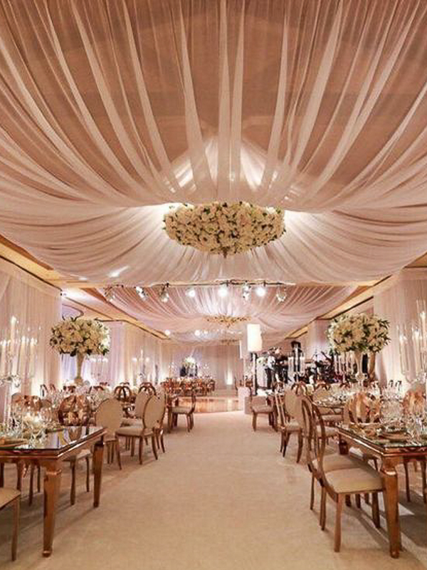 maison-de-rossi-blushing-bride-wedding-blog-formal-wedding-reception-with-drape-ceilings.png
