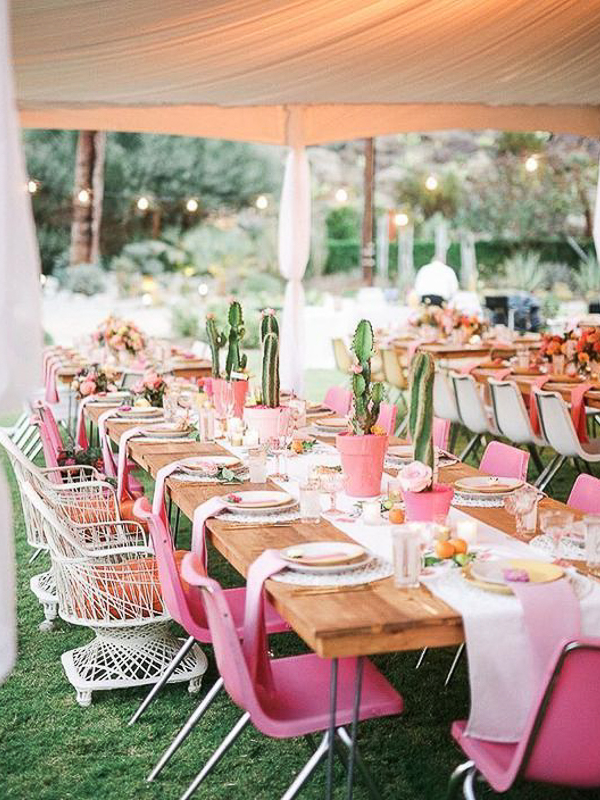 maison-de-rossi-blushing-bride-blog-colour-story-blush-garden-wedding-festive-tropical-table-setting.png