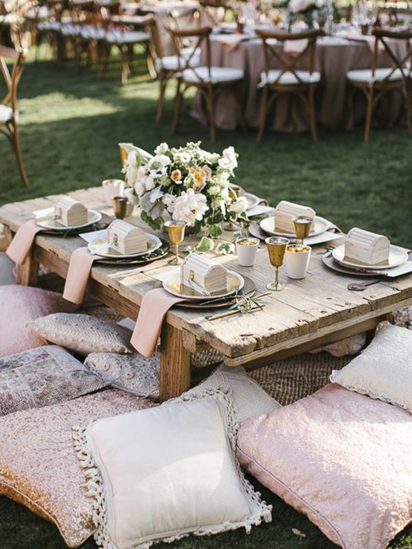 maison-de-rossi-blushing-bride-blog-colour-story-blush-garden-wedding-outdoor-reception-setup.png