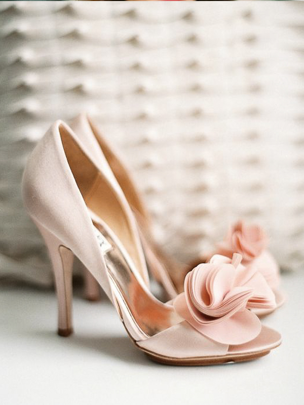 maison-de-rossi-blushing-bride-blog-colour-story-blush-rustic-wedding-wedding-shoe-with-fabric-flower-detail.png