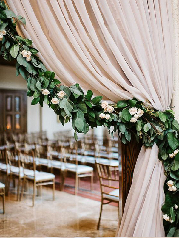 maison-de-rossi-blushing-bride-blog-colour-story-blush-rustic-wedding-wedding-ceremony-decoration.png