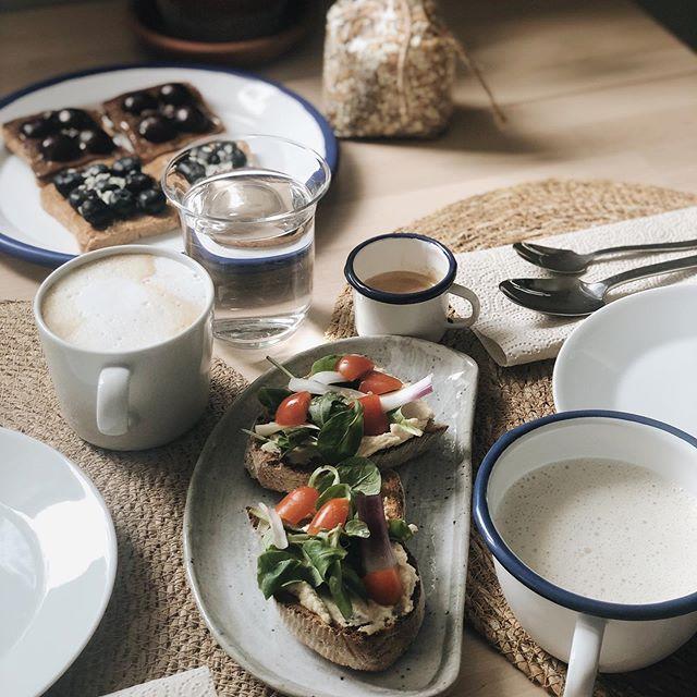 #sundaymorning #slowlybreakfast #vegan