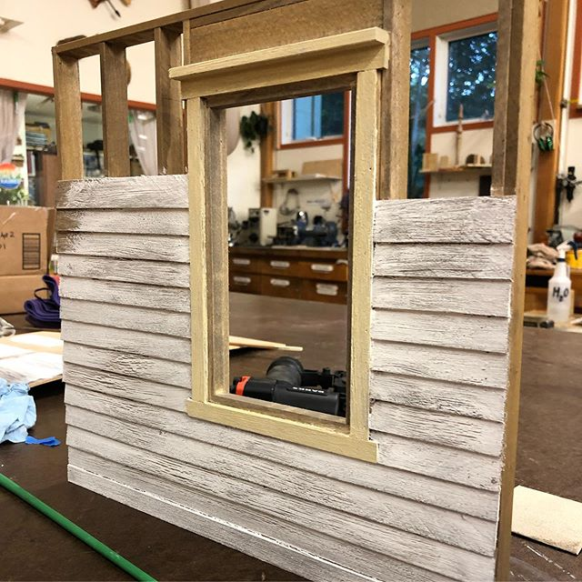Tested out some trim paint and got on to the big guy. Three panel facade. #wood #woodworking #sculpture #art #miniature #scratchbuiltmodel #modelmaking #painting #framing