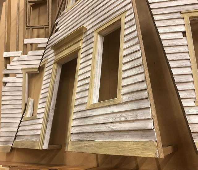 Getting close to finished with this wall piece. Lots of firsts for me, pretty excited to see where all of this goes.  #woodworking #wood #woodshop #miniature #mini #miniatureart #model #modelmaking #scalemodel #scratchbuilt #sculpture #art #painting #house #architecture #design #carpentry #framing