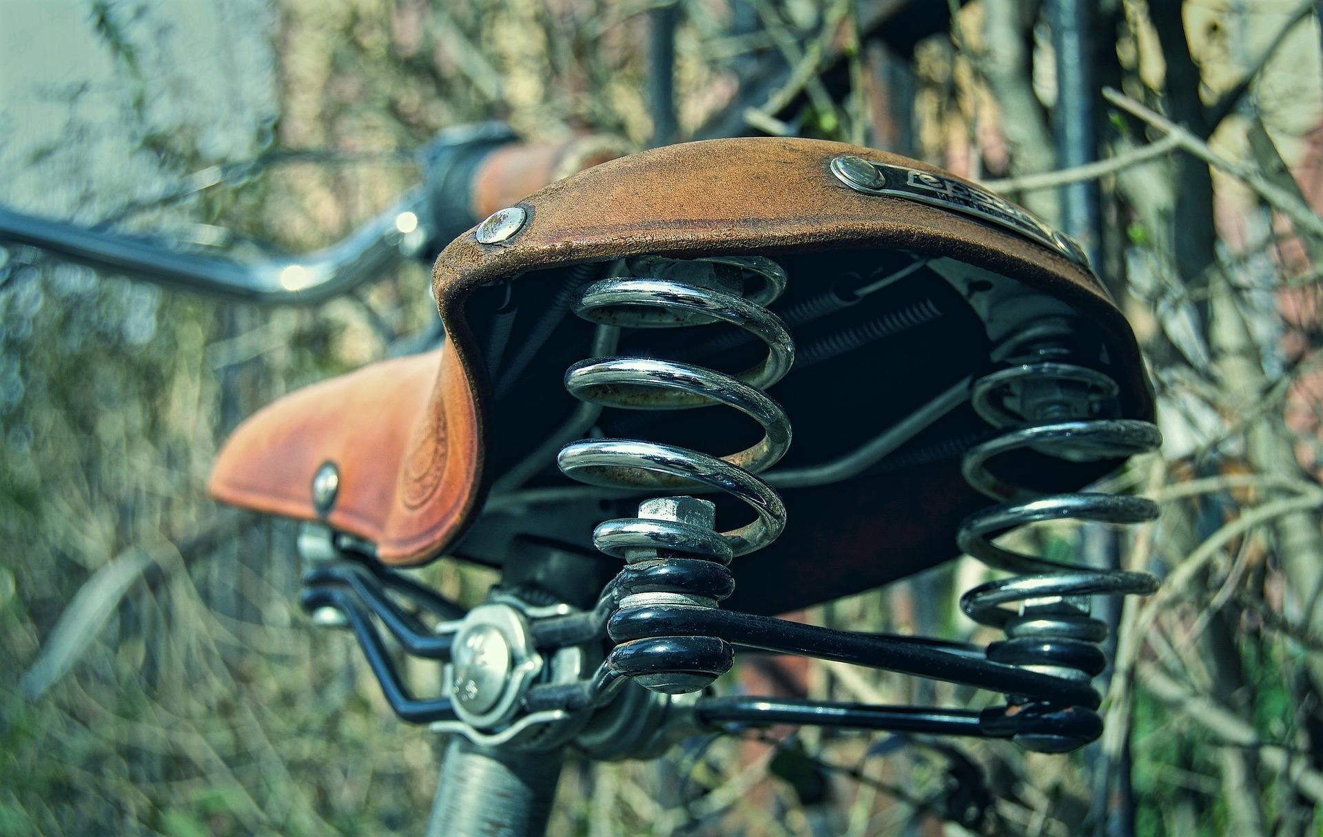 saddle-2614038_1920.jpg
