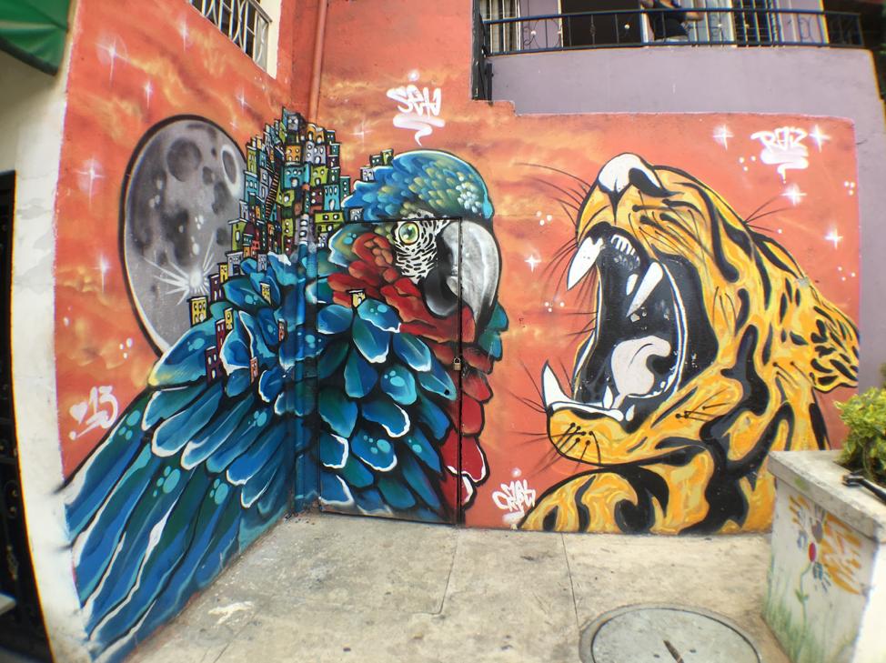 comuna 13 medellin street art