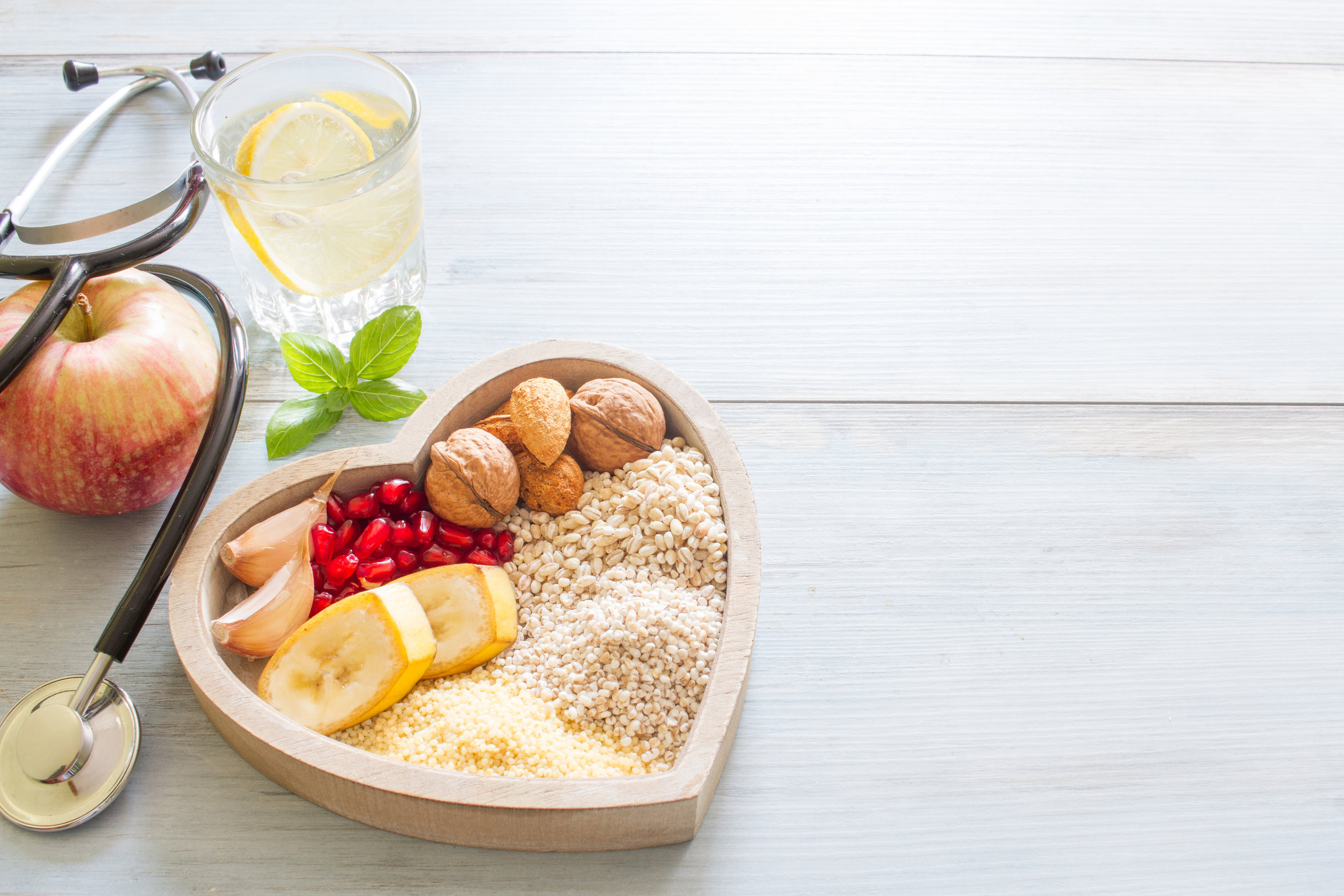 Our nutritionist works with our clinical team to help treat type 2 diabetes, excess weight, high blood pressure, high cholesterol and other chronic conditions -