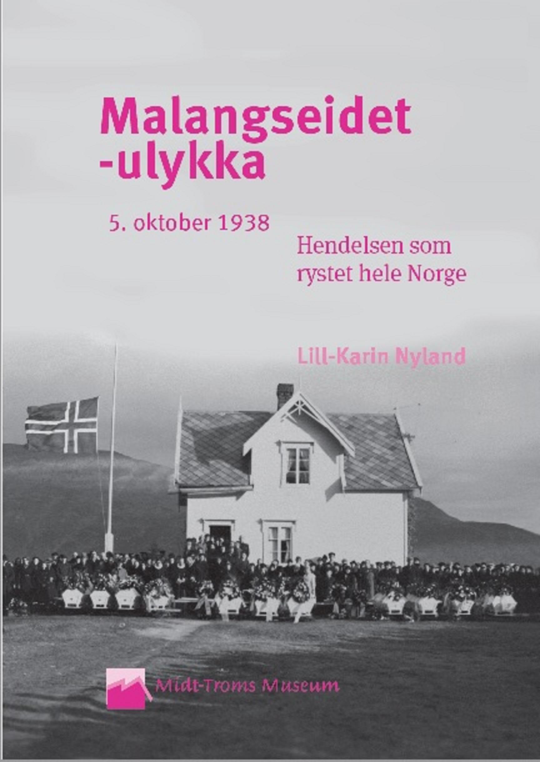 Malangseidet-ulykka: Hendelsen som rystet hele Norge - Da det grydde av dag 5. oktober 1938, var et bygdesamfunn i Troms blitt 12 menneskeliv fattigere. Hendelsen sendte sjokkbølger utover landet. De skulle jo bare ro ut til melkebåten. De skulle jo bare gjøre de samme, dagligdagse ærendene som de alltid hadde gjort. Men denne morgenen gikk noe fryktelig galt.Hvordan kunne det skje? Hadde noen skyld? Hvordan fulgte storsamfunnet opp? Hvordan ble de etterlatte tatt hånd om? I denne boka får du vite alt som skjedde før, under og etter den dramatiske Malangseidet-ulykka. Du får lese intervjuer med de få gjenlevende tidsvitnene, og du får innblikk i datidas etterforskning, livsvilkår og tenkemåte.Midt-Troms museum forlag, 2012. Bestill her: mtmu.no