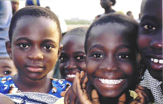 Agbogbloshie Kids 3 cropped.jpg