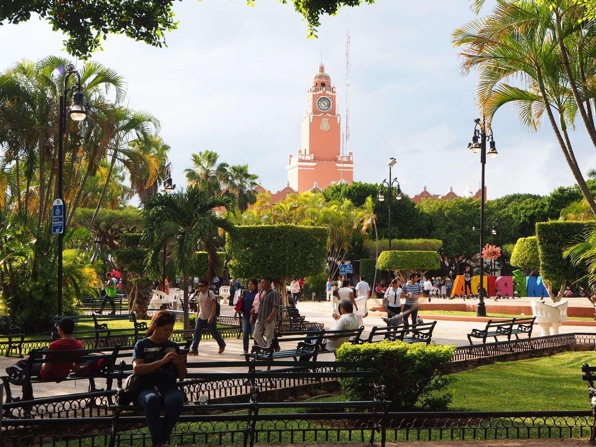 Merida main square