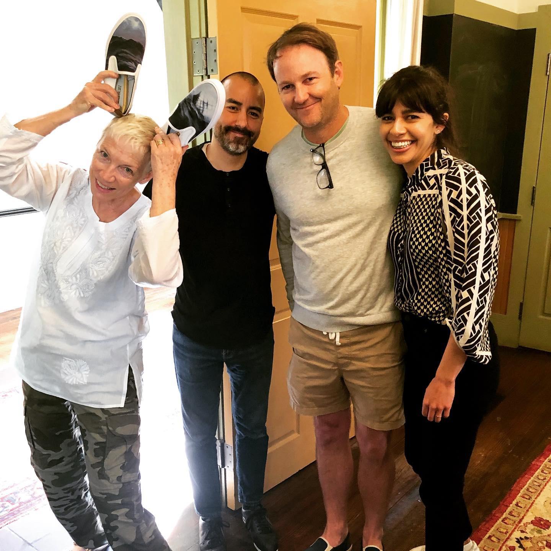 Annie Lennox with her SAVEDx VALDEZ editions, artist Vincent Valdez, SAVEDx founder Todd Widell, and artist Adriana Corral.