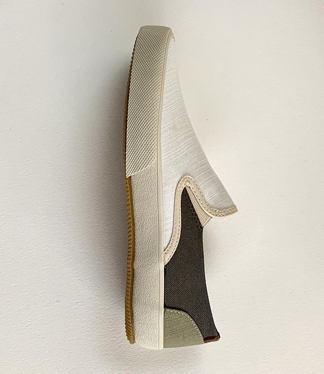 Visit us at LA Men's Market today/tomorrow (3/26-27) at @theparkshowroom to view The Standards Collection. The line features cushioned leather insoles, distinct colorways and a soft, navy jersey liner in all styles. #lamensmarket #slipons #unisex #arteducation #productdesign #footwearnews #permanentvacation