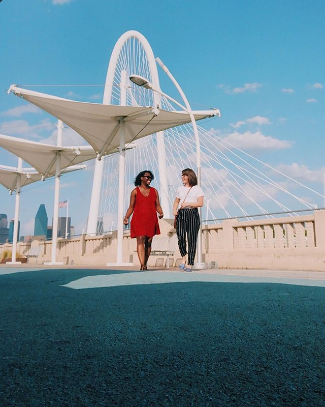 DALLAS... I grew up here but there is so much I haven't seen! So I decided to take a daycation (is that a word? 😂) . I spent the day with a friend checking out some interesting spots around town! Diners, antique shops, nitrogen-frozen ice cream treats, and this beautiful bridge. . Have you explored what your hometown has to offer? #daycation #dallastexas . . 📷 @rebekahmaynardportrait