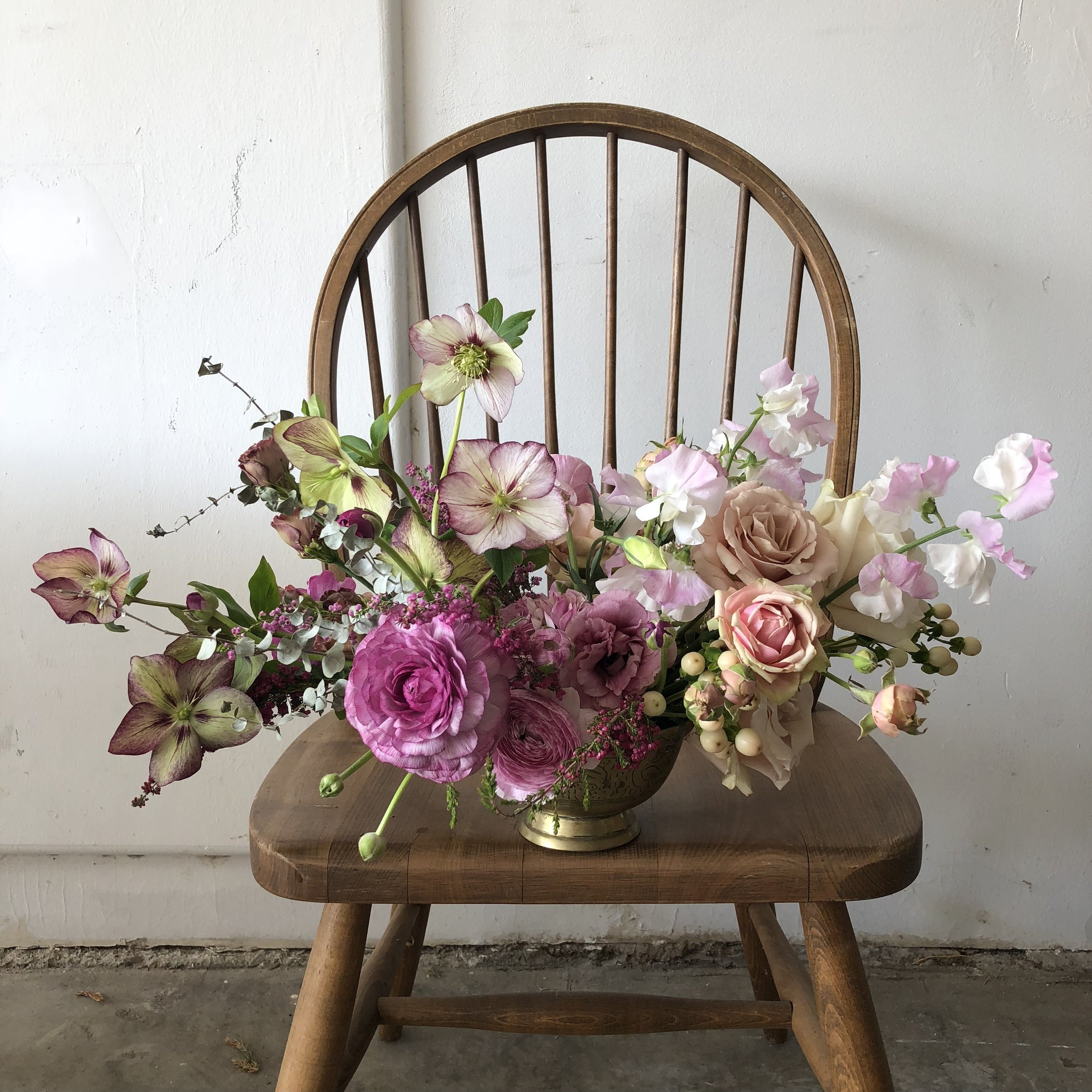 NECTAR + BLOOM || FLORAL ARRANGEMENT ON CHAIR IN BLUSH CORAL MAUVE