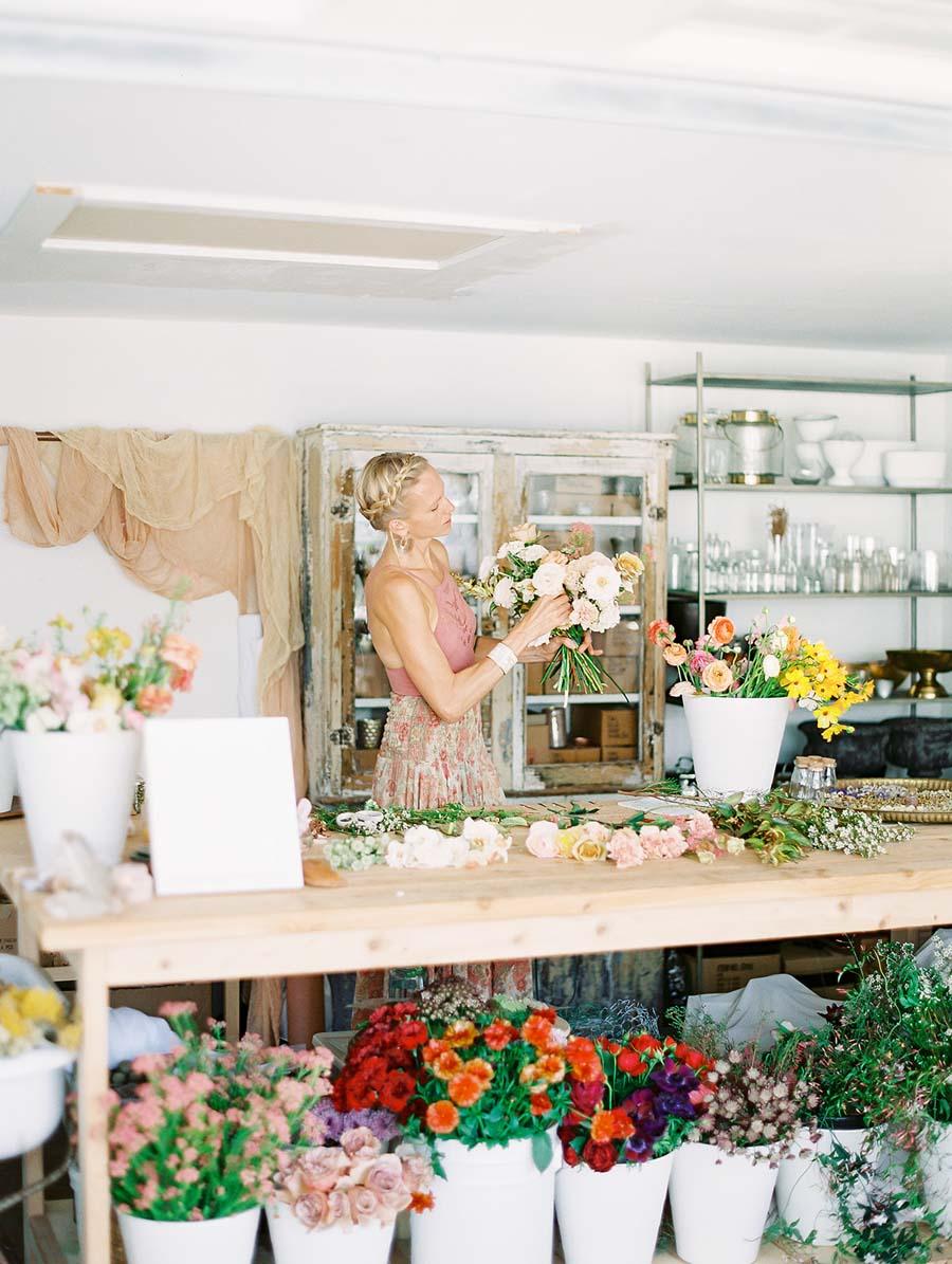 nectarandbloomfloral.com | Nectar and Bloom Floral Design | San Diego Wedding and Event Florist | Lush Bouquet Making Workshop | Floral Designer Classes Bouquet Design | Dear Lovers Photography  (1).jpg