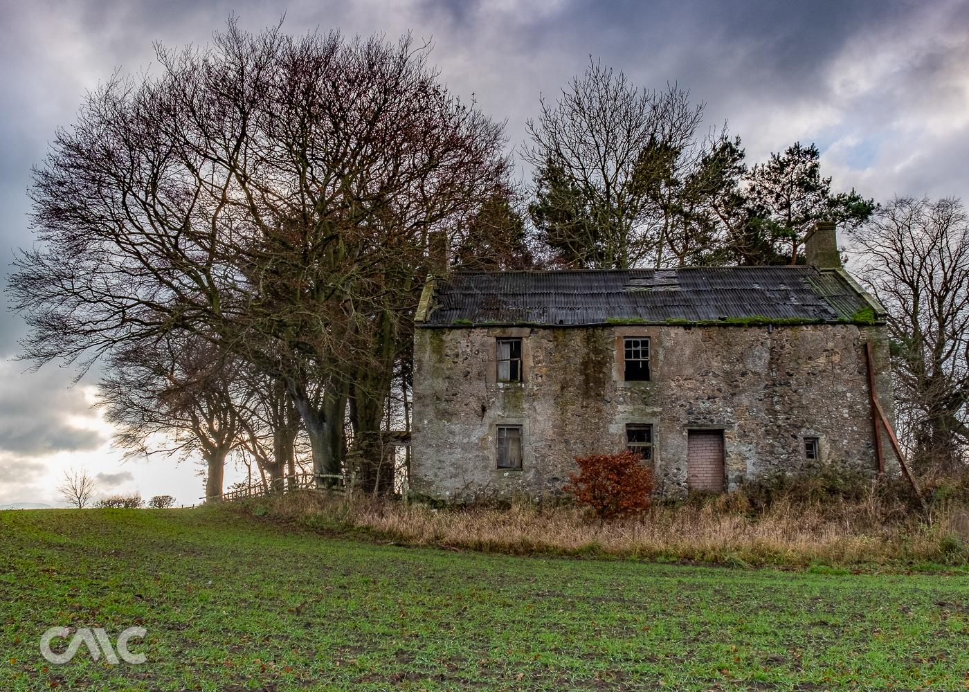 Abandoned House-3.JPG
