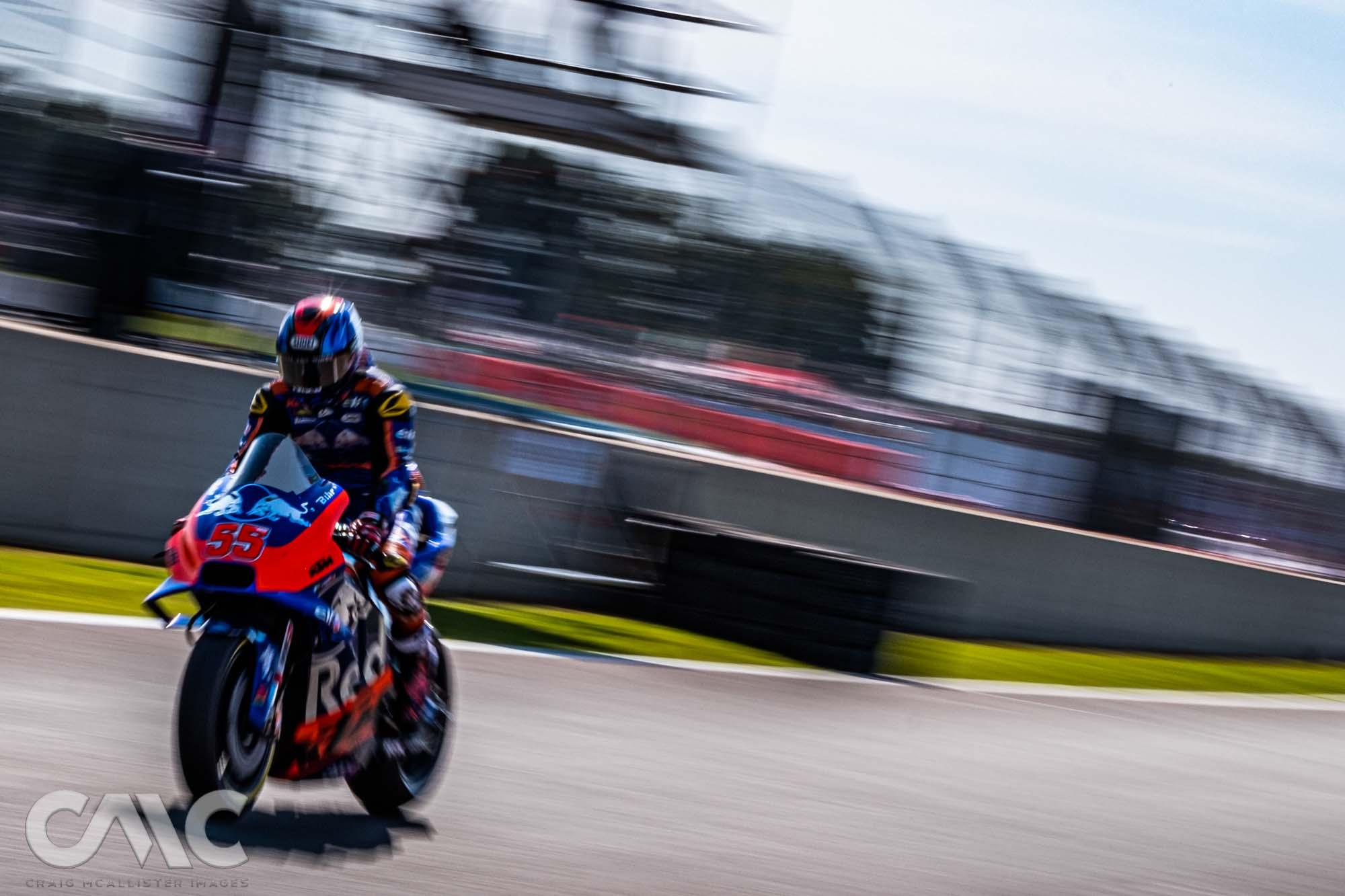 CMC_MotoGP_Qualifying_Silverstone 50-1405261.jpg