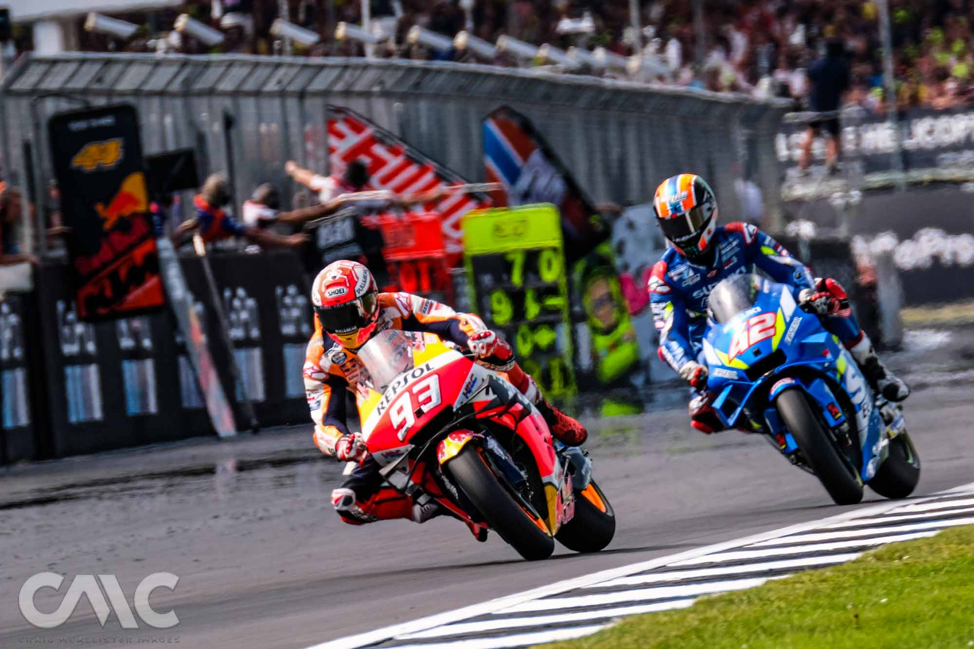 CMC_MotoGP_Qualifying_Race_100-4009588.jpg