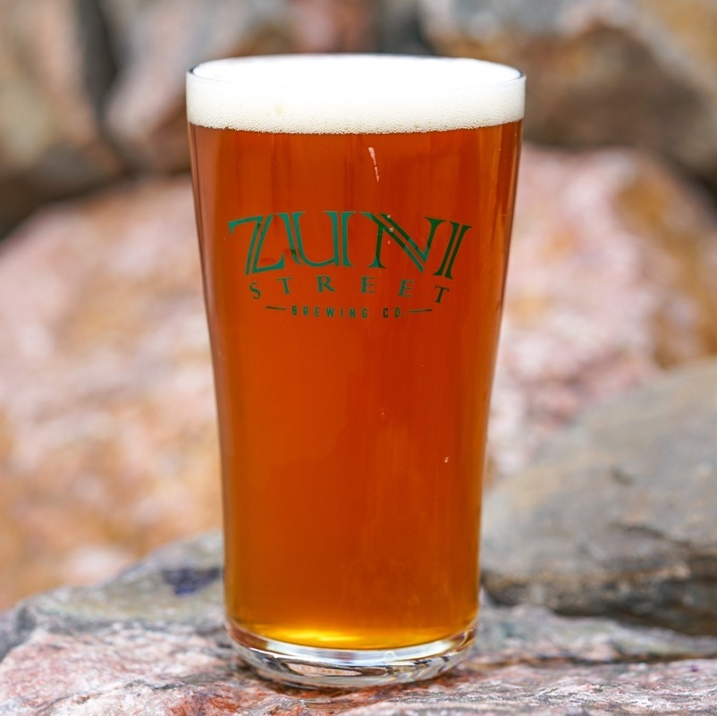 SIT 'N' ROCK ALE ABV: 5.9% IBU: 28 Our flagship ale has the grain bill of a wheat beer and the hop profile of a pale ale. Smooth, easydrinking, with an unintimidating, fruity hop aroma, Sit'n Rock is one to please all taste buds.