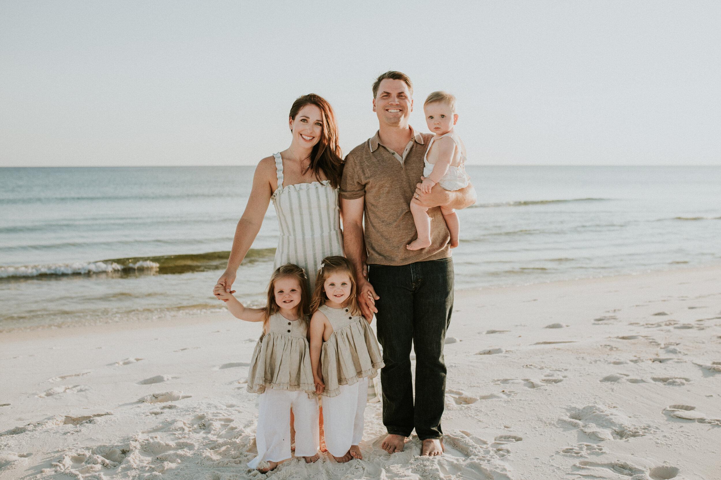 30a_Destin_Watersound_Florida_Family_Photographer_Beach_Photos-14.jpg
