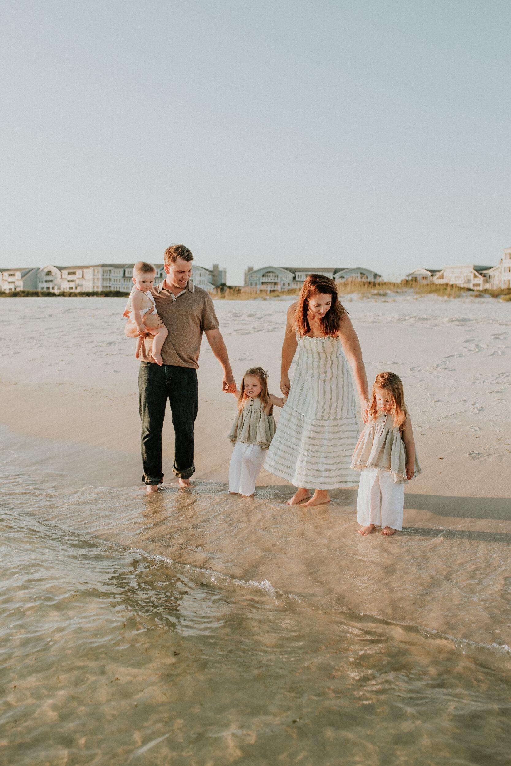 30a_Destin_Watersound_Florida_Family_Photographer_Beach_Photos-16.jpg