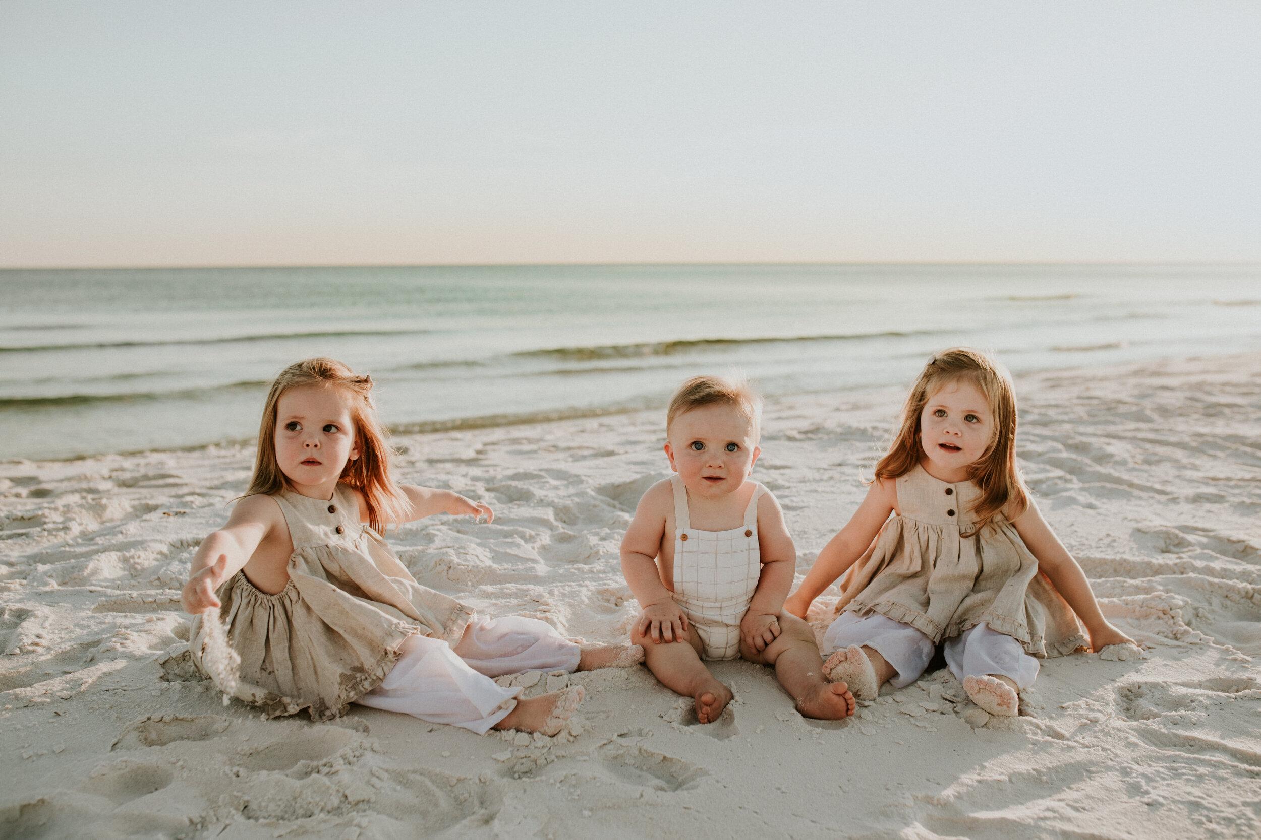 30a_Destin_Watersound_Florida_Family_Photographer_Beach_Photos-22.jpg