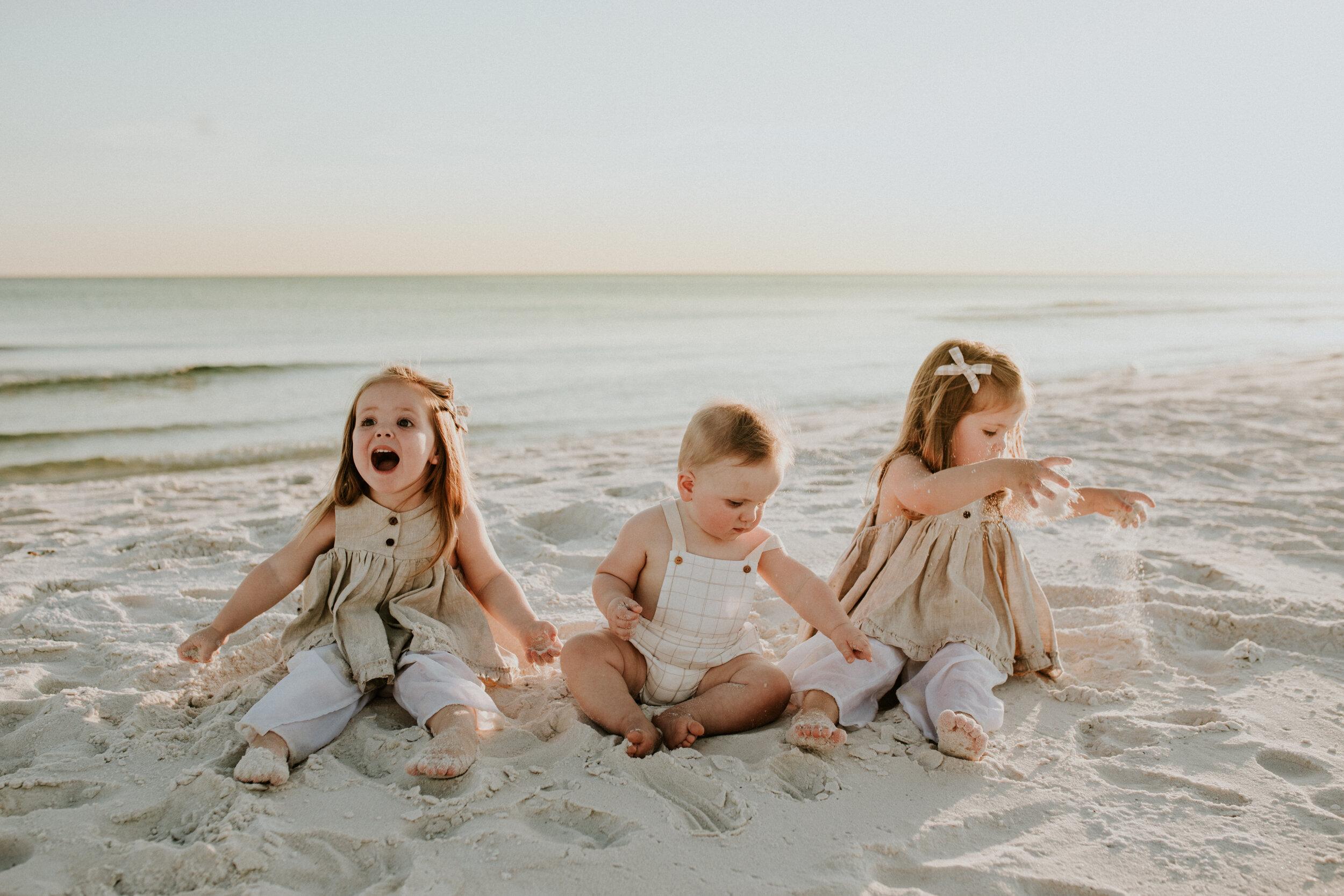 30a_Destin_Watersound_Florida_Family_Photographer_Beach_Photos-28.jpg