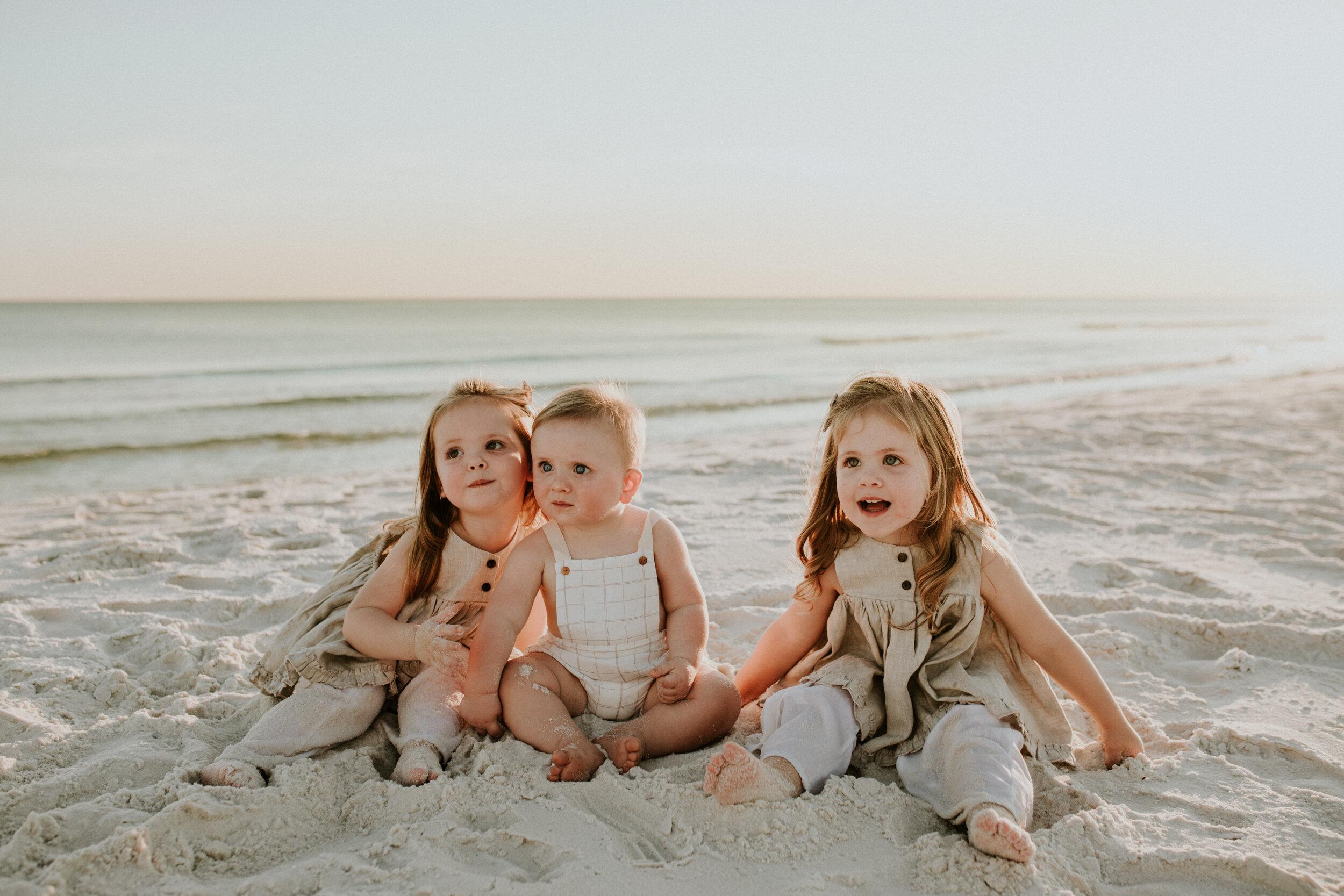 30a_Destin_Watersound_Florida_Family_Photographer_Beach_Photos-32.jpg