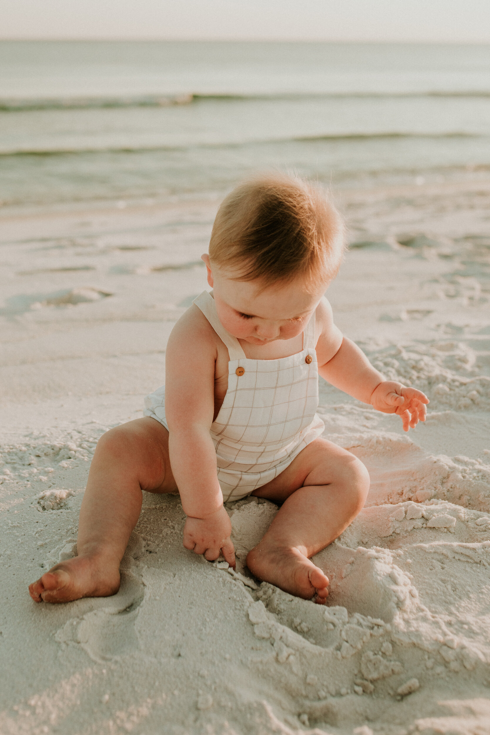 30a_Destin_Watersound_Florida_Family_Photographer_Beach_Photos-36.jpg