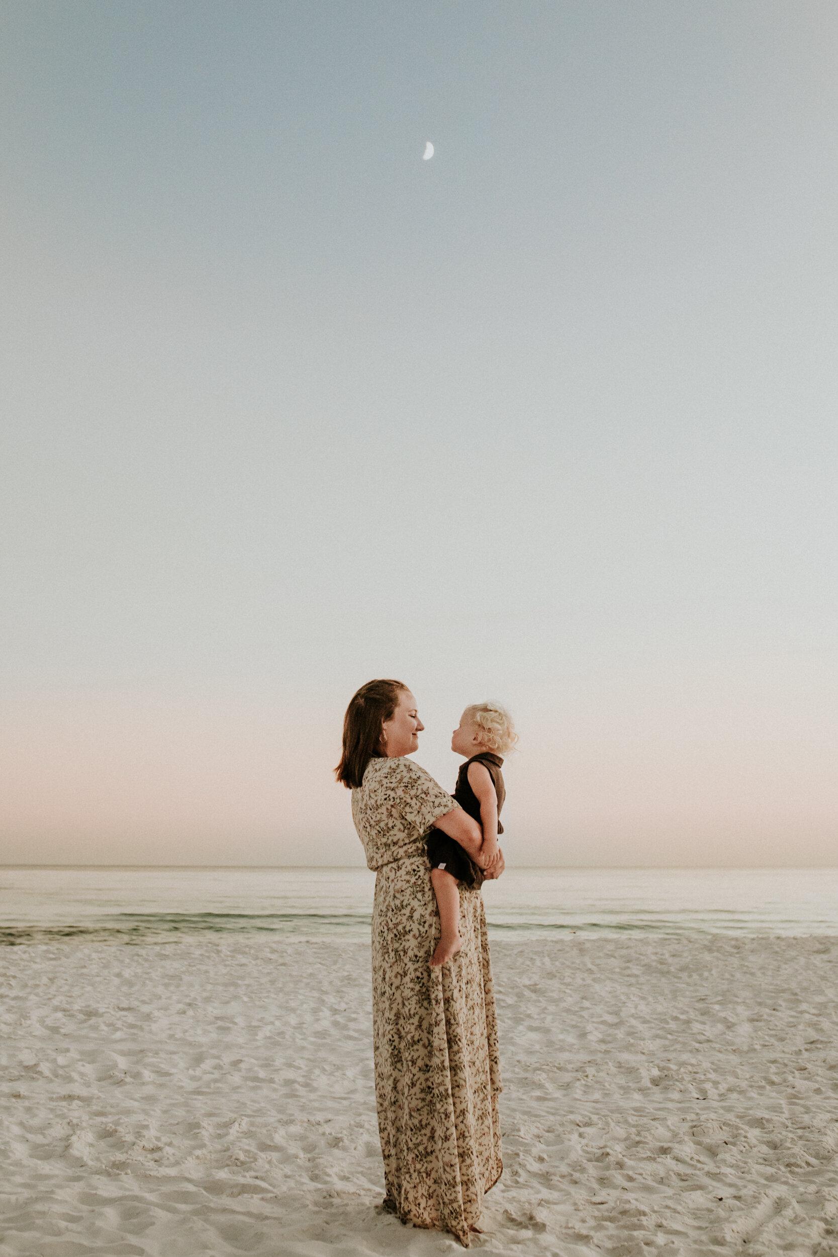 30a_Destin_Watercolor_Family_Photographer_Beach_Photos-4.jpg