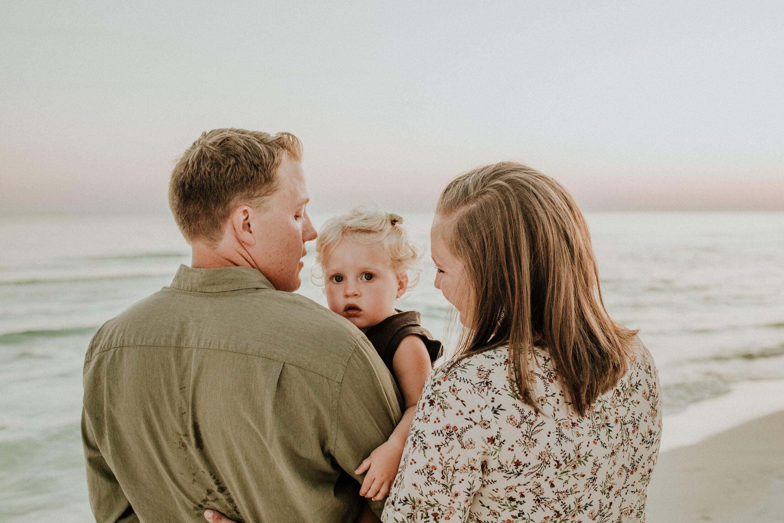30a_Destin_Watercolor_Family_Photographer_Beach_Photos-38.jpg