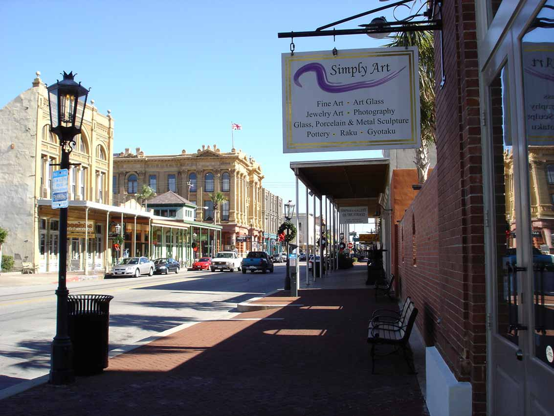 Simply Art Gallery in Galveston, Texas on The Strand -